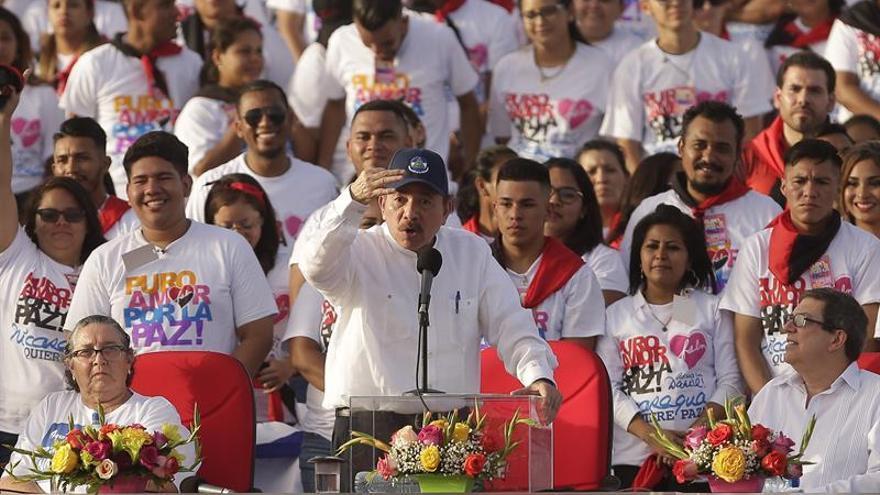 """Inicia una protesta contra Ortega pese a su llamado a la """"autodefensa"""" en Nicaragua"""