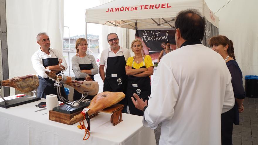 Curso de corte de jamón organizado por el Consejo Regulador de la Denominación de Origen Jamón de Teruel