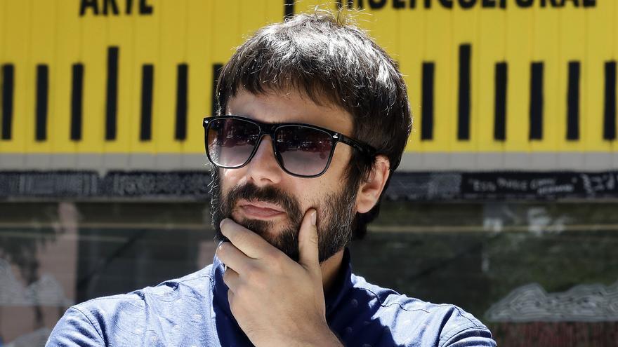 El escritor y periodista Daniel Bernabé.