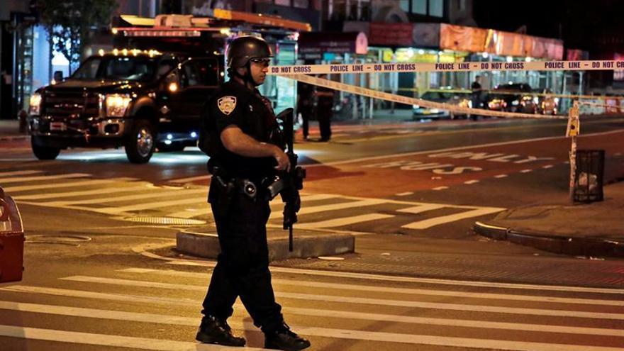 """El gobernador de Nueva York dice que la explosión fue un """"acto de terrorismo"""""""