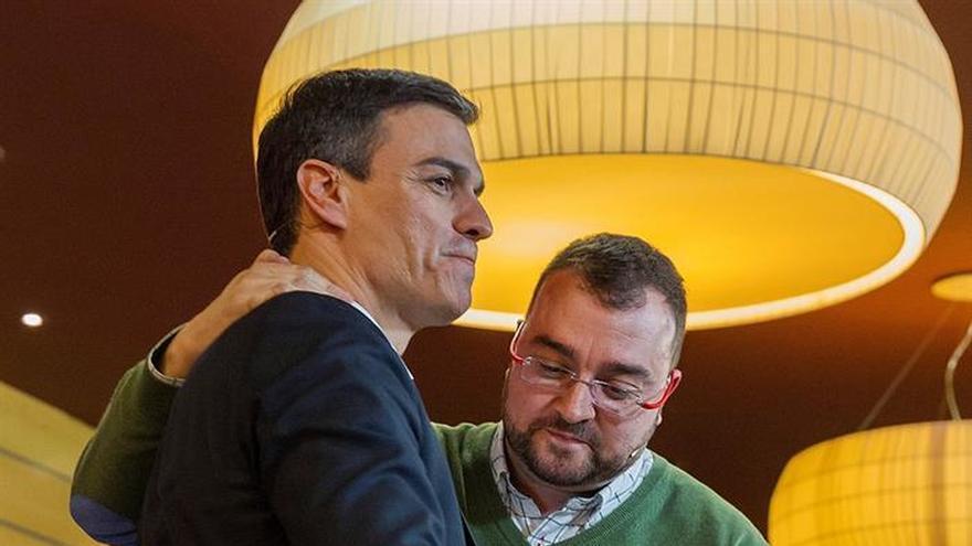 Pedro Sánchez da un espaldarazo a la candidatura de Barbón en Asturias