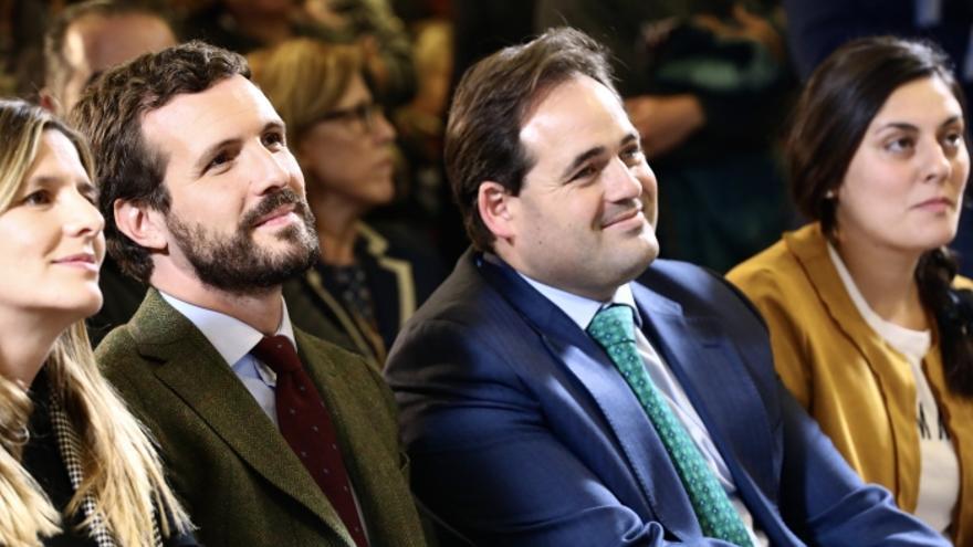 La candidata junto a Paco Núñez y Pablo Casado