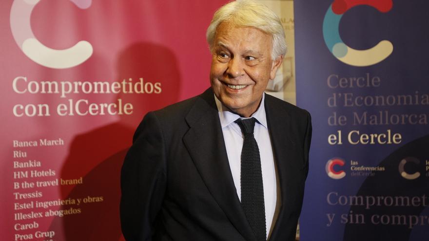 Felipe González critica que PSOE y Podemos se repartan primero los cargos y se hable luego de programa