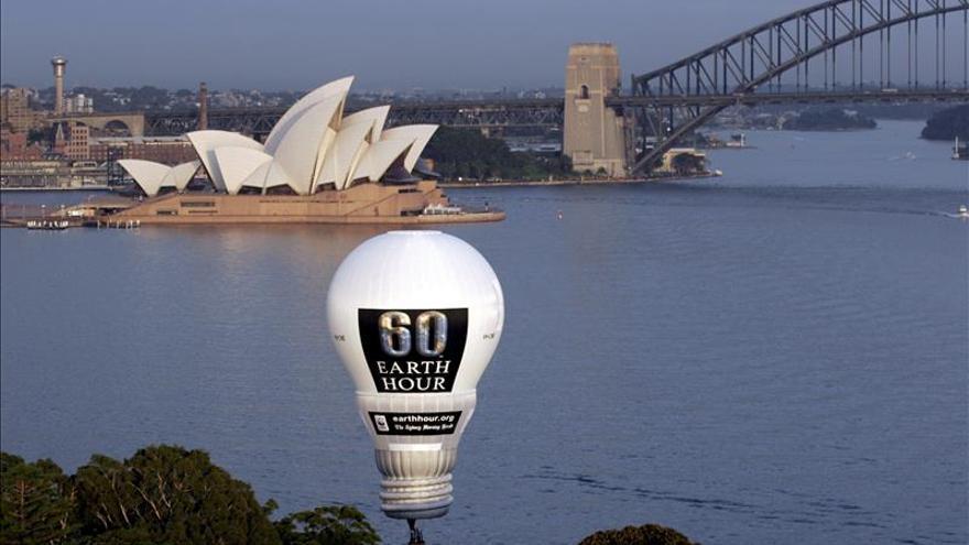 El gasto medio de luz en los hogares alcanza los 56,3 euros, según la CNMC
