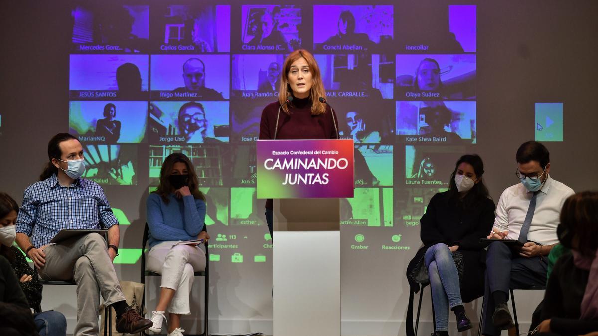 La candidata de Catalunya en Comú, Jessica Albiach, durante su intervención en el acto 'Caminando juntas'