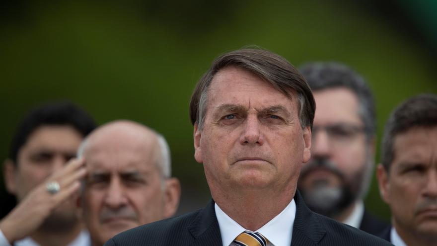 """Bolsonaro dice que violencia es vivida """"por todos"""", tras jornada de protestas"""