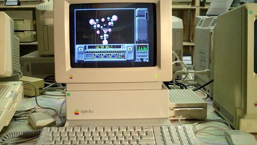 Apple IIGS, uno de los modelos lanzados mientras Jayne estaba en la compañía