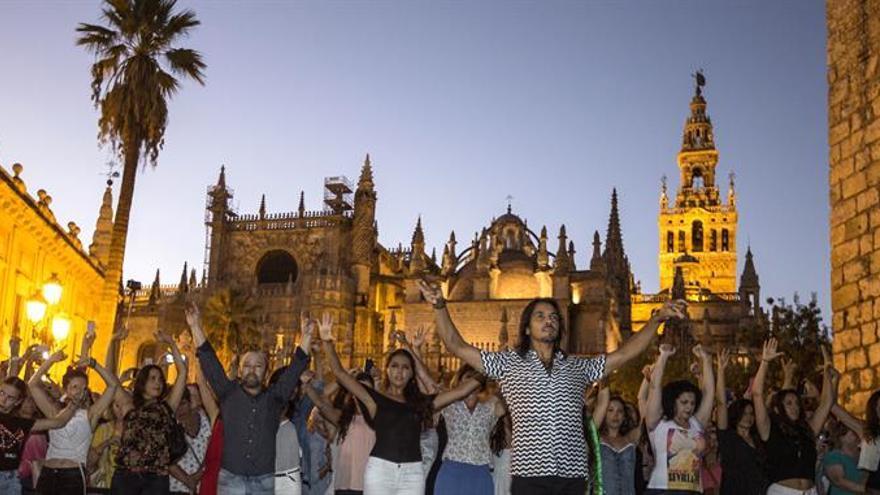 Farruquito brinda al mundo una bulería como arranque de la Bienal de Flamenco