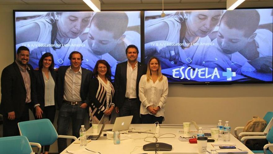 Una nueva televisión transforma las escuelas rurales de Latinoamérica