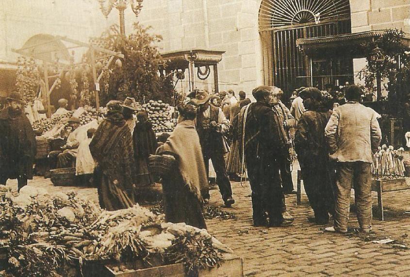 1916. Plaza de San Ildefonso | foto tomada de Nicolas1056 en Flickr
