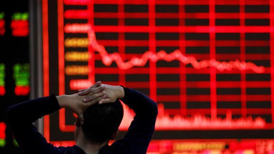 La Bolsa de Shanghái pierde un 0,24 % en la apertura