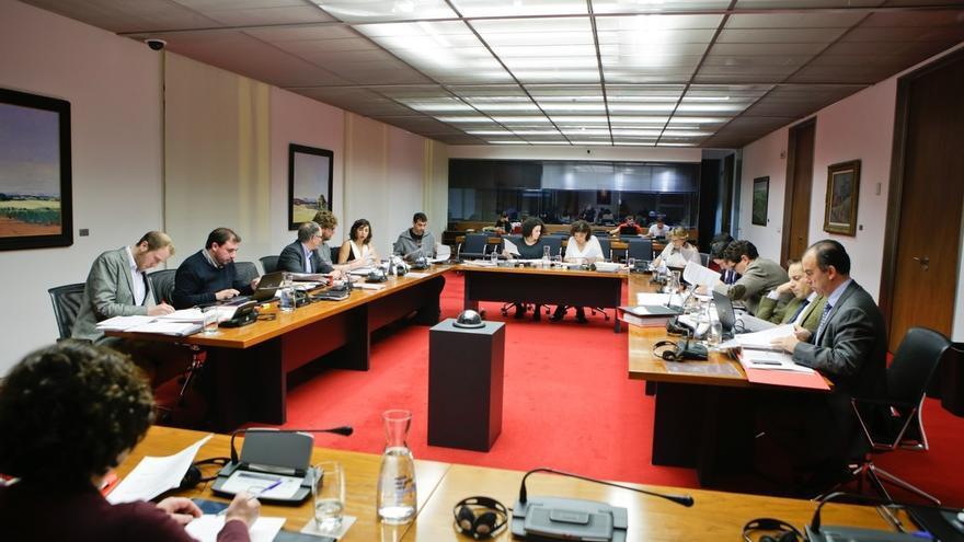 El Parlamento de Navarra rechaza suprimir la Dirección General de Paz y Convivencia