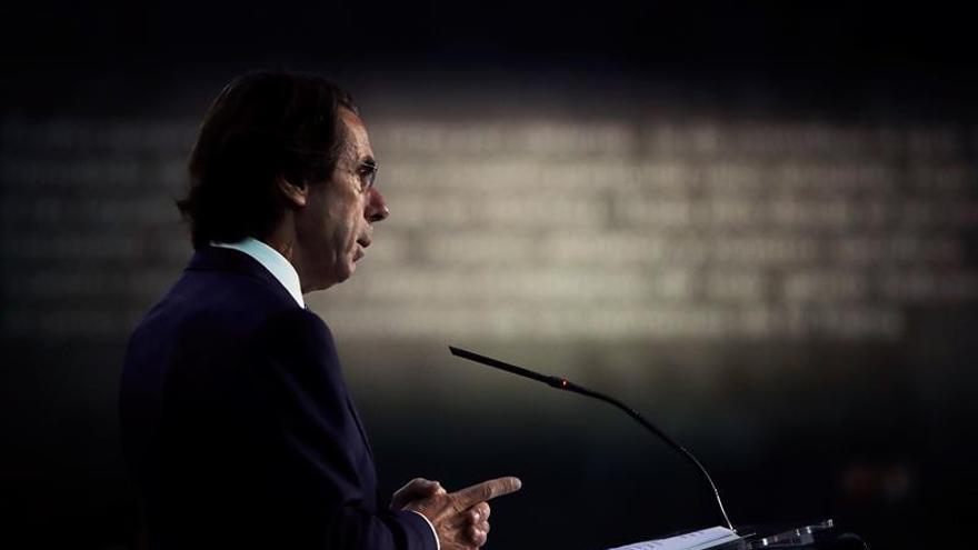 Aznar invita a Rivera a la clausura de su foro sobre liderazgo y Gobierno