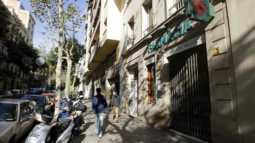 Las farmacias catalanas advierten que peligran las nóminas y pagas de Navidad