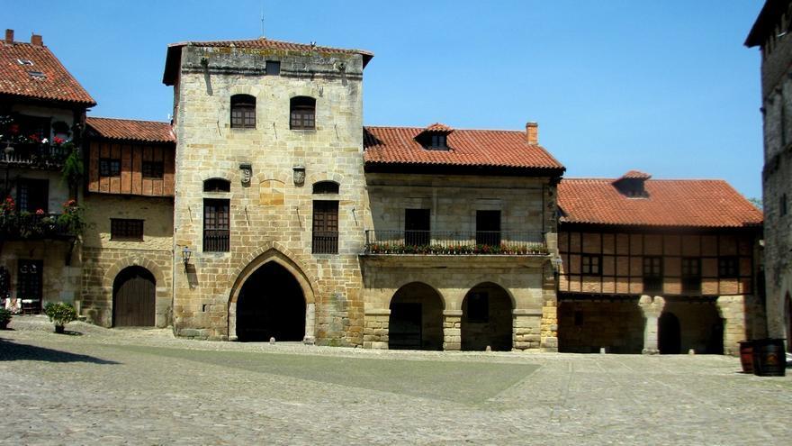 Santillana del Mar recaba apoyos para consolidar su candidatura al Museo de Arte Rupestre de la Unesco