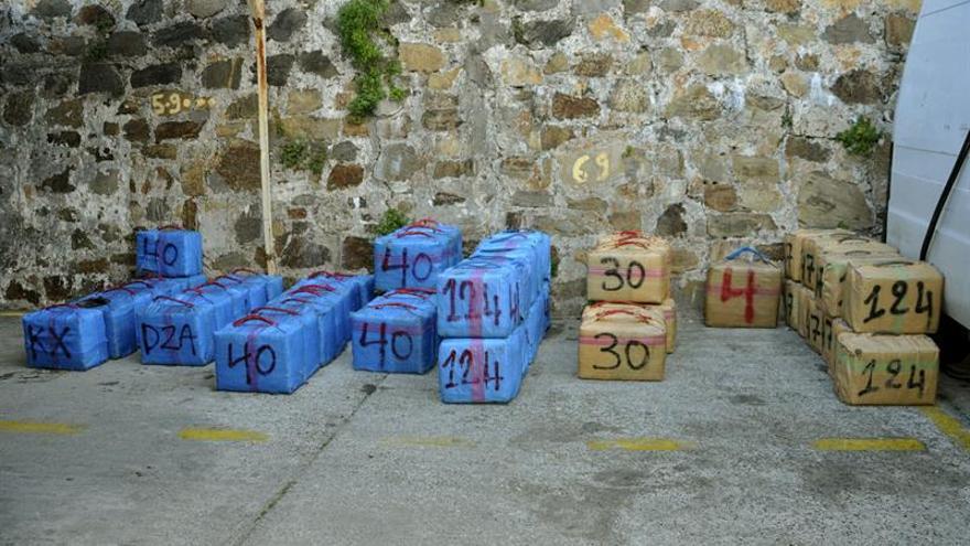 Diecisiete detenidos y 1.500 kilos de hachís incautados a una red en Cádiz