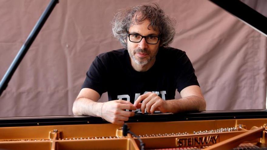 """Rhodes: """"En seis semanas se puede aprender a tocar un preludio de Bach"""""""