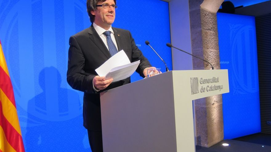 """Puigdemont presenta la ley exprés de emergencia social y espera aprobarla con """"prontitud"""""""