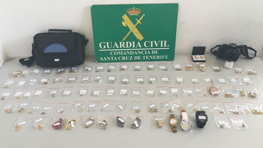 Joyas intervenidas (Foto cedida por la Guardia Civil)