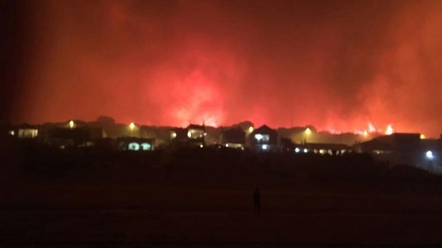 """Ecologistas muestra su """"consternación"""" por el incendio y pide que se depuren responsabilidades"""