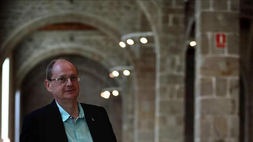 """Fernando Marías gana el Biblioteca Breve con la novela """"La isla del padre"""""""