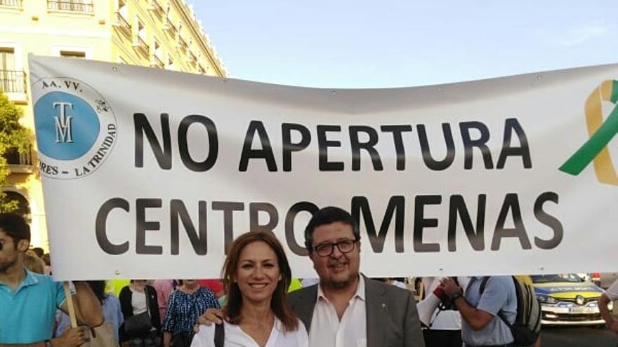 Reyes Romero, vicepresidenta de Vox en Sevilla, junto a Francisco Serrano el pasado 10 de junio @rromerovilches