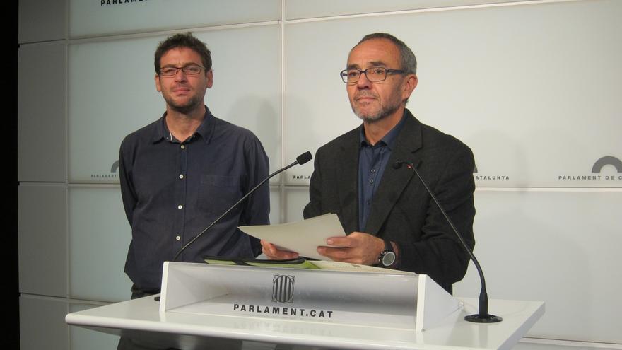 "Coscubiela (SíQueEsPot) cree que la victoria de EnComúPodem hace ""inviable"" investir a Artur Mas"