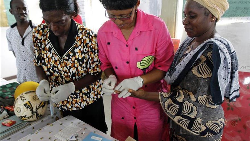 Más de 3.000 africanos mueren al día de sida, un 32 por ciento menos que hace siete años