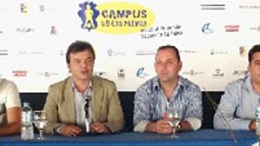 La UD Las Palmas participa en un campus de fútbol
