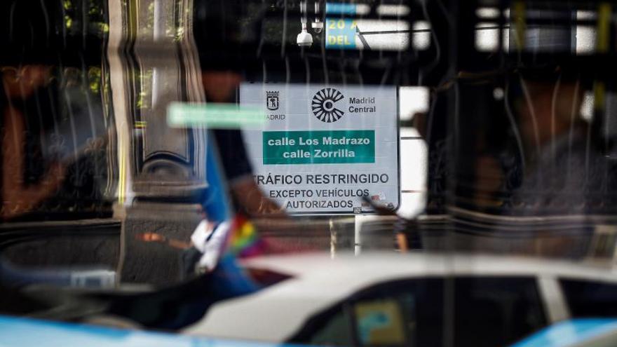 Sanitarios y consumidores piden mantener Madrid Central por salud