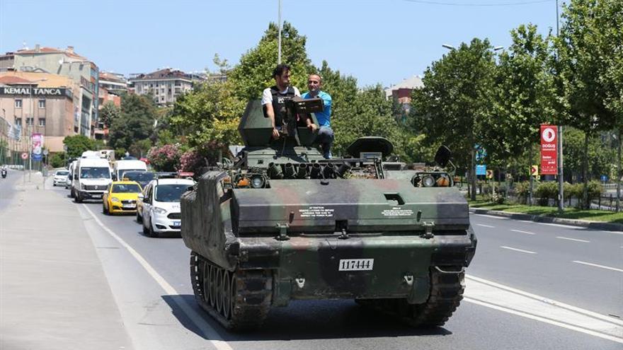 """Arabia Saudí, satisfecha con """"el retorno de la normalidad a Turquía"""""""