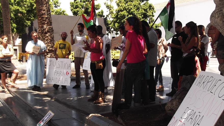 En la imagen, concentración de apoyoTakbar Haddi este sábado en Los Llanos.