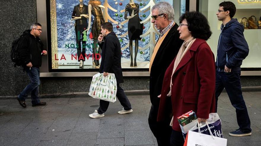 El pequeño comercio venderá el 5 % más en Navidad, su mejor campaña en 8 años