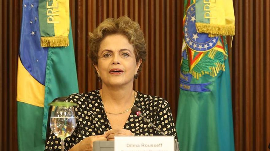 El Supremo posterga la decisión sobre el juicio a Rousseff pero aclara que es legal