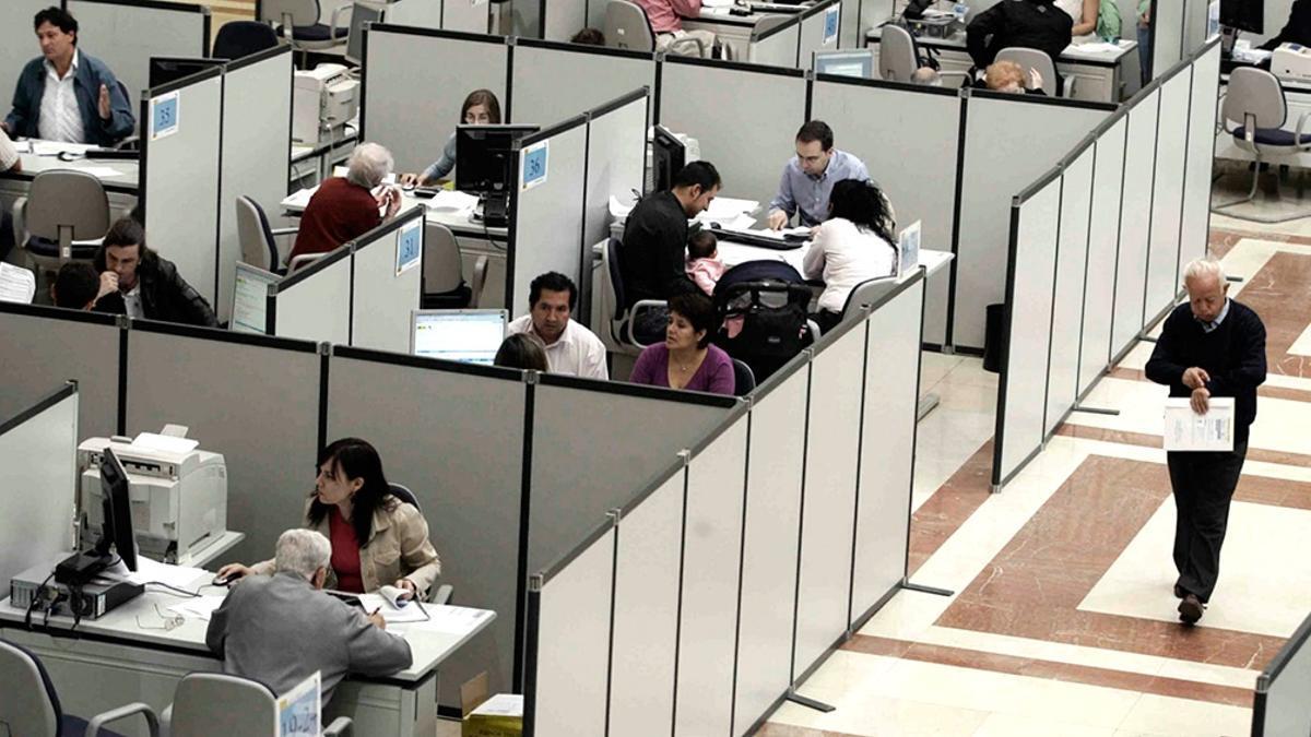 más de 1.200.000 personas en relación de dependencia cobrarán a partir de julio la devolución retroactiva de los montos retenidos por Ganancias.