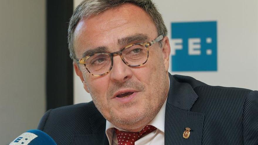 El PSC rechaza la hoja de ruta de Puigdemont y le aconseja tomar nota de Urkullu