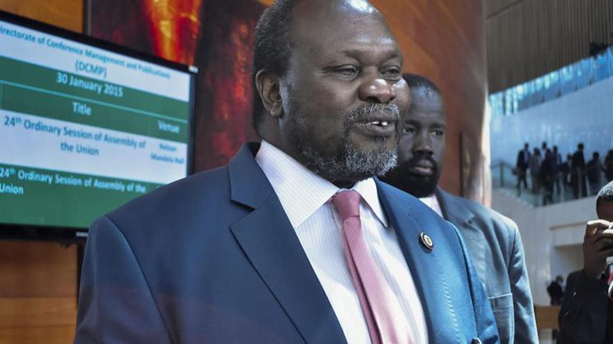 EE.UU. plantea que la ONU sancione al líder rebelde sursudanés Riek Machar