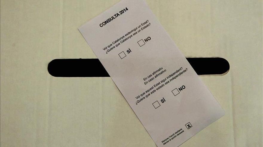 Manos Limpias quiere que la Fiscalía inste a que los Mossos retiren las urnas