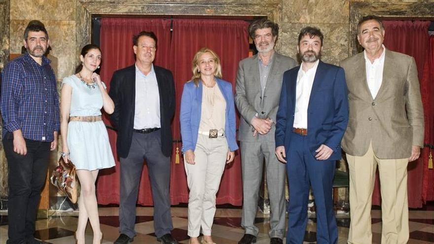 """El """"privilegio"""" de viajar al pasado de Vanessa Monfort Premio de Novela Histórica en Zaragoza"""