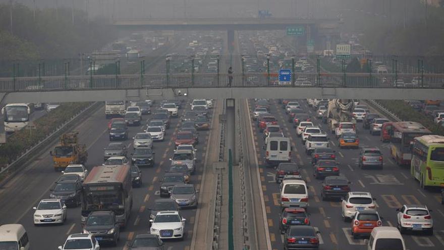 La contaminación de Pekín dobla los estándares de la OMS, según un estudio oficial
