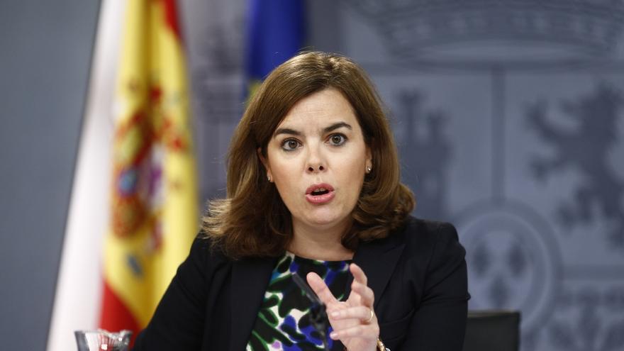 Sáenz de Santamaría replica a Susana Díaz que es ella la responsable de fracasar en su investituda