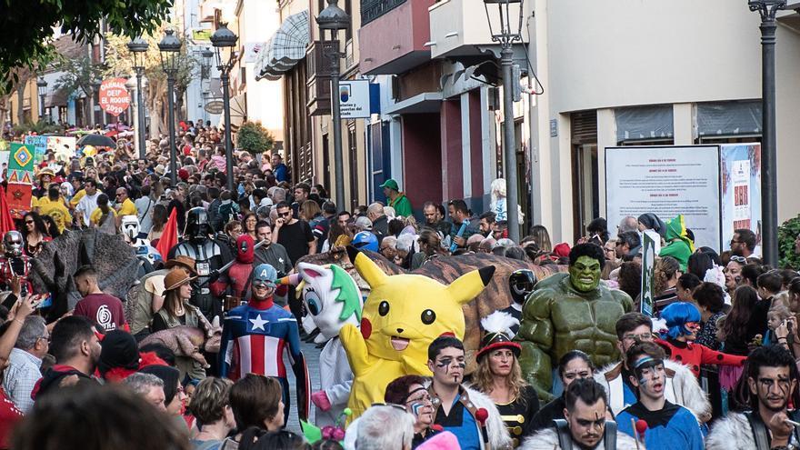 Coso Escolar del Carnaval de Los Llanos de Aridane, este jueves.