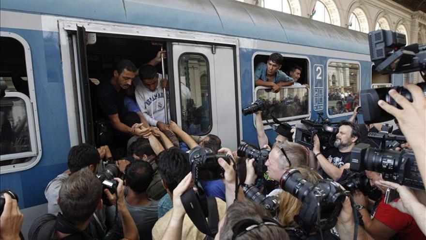 """Grecia urge a la UE a """"acciones comunes"""" para abordar la crisis de refugiados"""