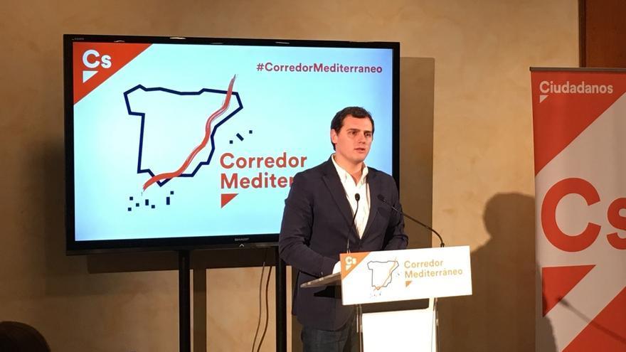 """Cs abre la puerta a """"otras vías"""" para forzar la salida del presidente de Murcia si este no dimite"""