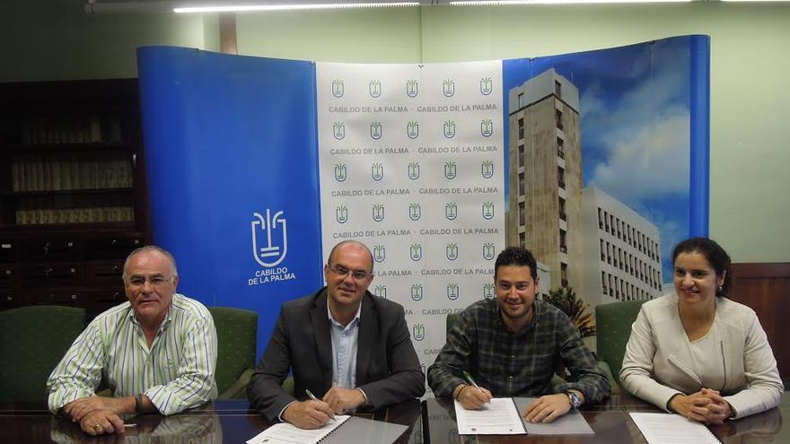 De izquierda a derecha: Carlos Cabrera, Anselmo Pestana, Jacob Qadri y Jovita Monterrey.