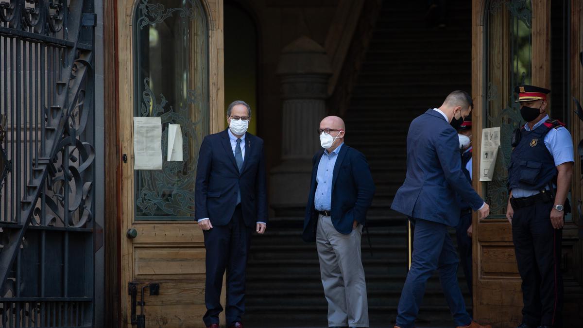 El presidente de la Generalitat, Quim Torra, entra en el TSJC para declarar por una segunda causa de desobediencia acompañado de su abogado, Gonzalo Boye