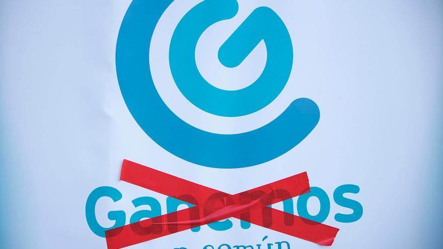 Cartel tachado del Ganemos original, cuya candidatura ha anulado un juez   TONI BLANCO