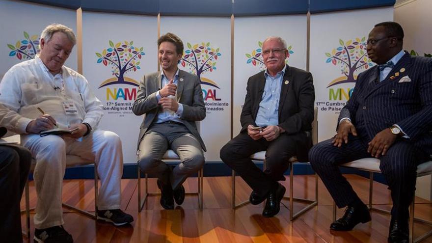 Los cancilleres del MNOAL reanudan la plenaria sobre paz y soberanía en Margarita