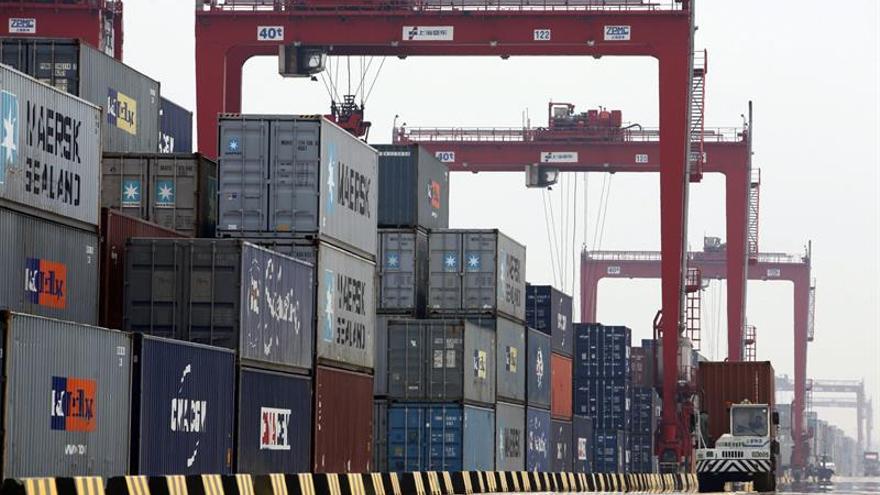China impone tasas antidumping contra productos siderúrgicos de EEUU y Japón