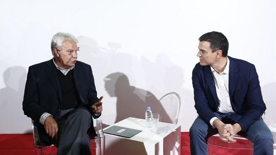 Felipe González carga contra Sánchez: Duda que tenga un discurso de más de media hora sobre España